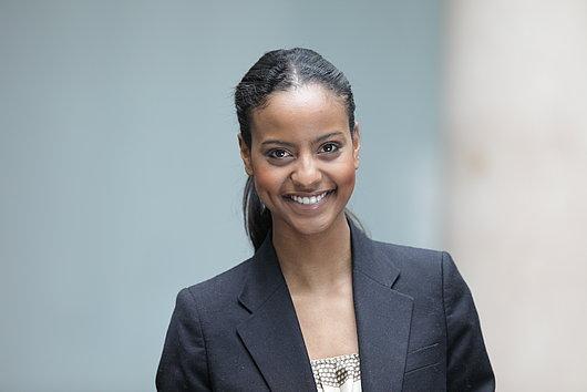 Sara Nuru, Botschafterin von der Stiftung Menschen für Menschen