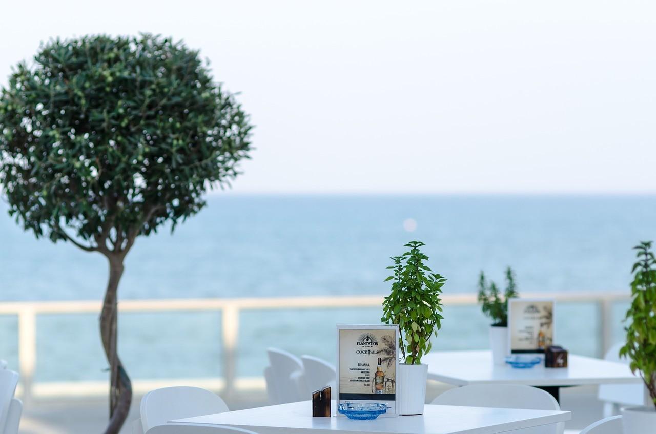 TripAdvisor, Hotelbewertungen und Urlaubsaktivitäten.