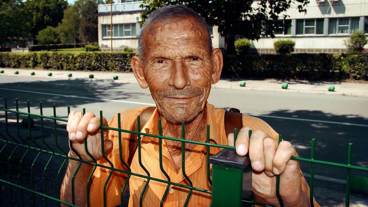 Deutschland deine Renten sind arm dran.