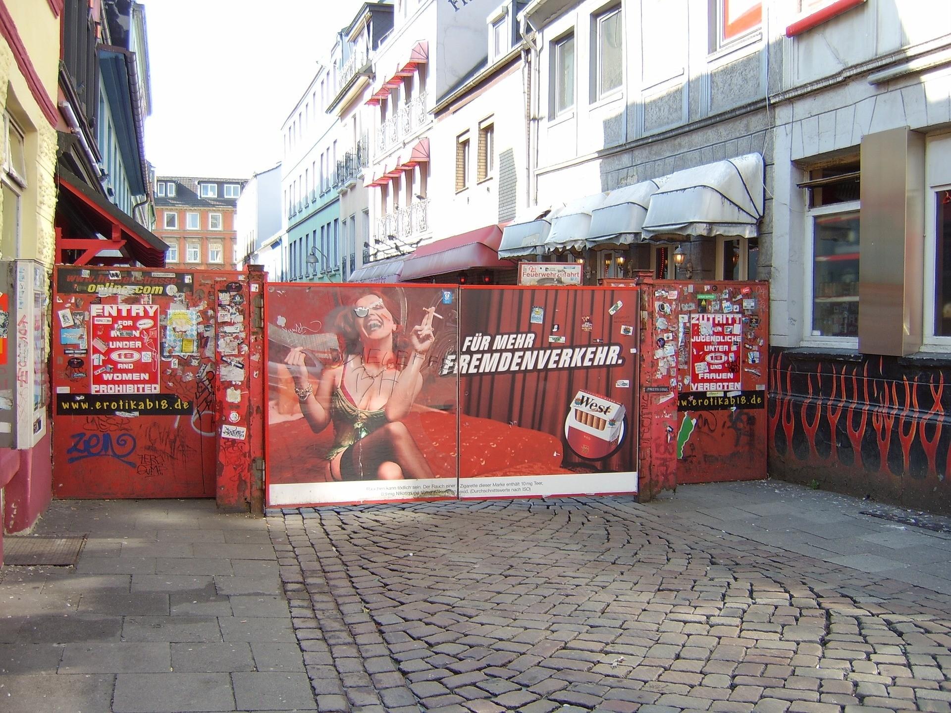 Immer ein Besuh wert. Die Reeperbahn in Hamburg.